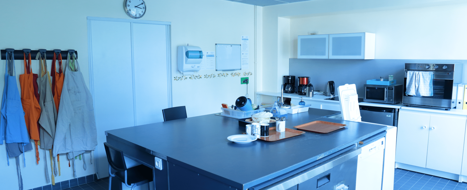 SAJH Le Mérantais espace cuisine
